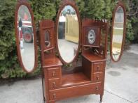 #98- Victorian  Dresser Table
