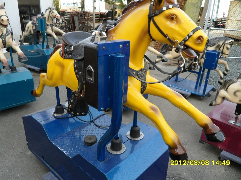 280 Kiddy Ride Champion Horse Coin Operated Yellow