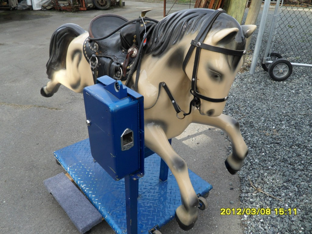 285 Kiddy Ride Champion Horse Coin Operated